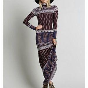 Novella Royale Blackbird Dress
